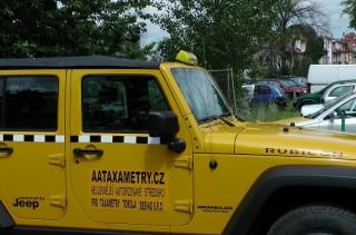 Taxametr MPT4 v Jeep Rubicon